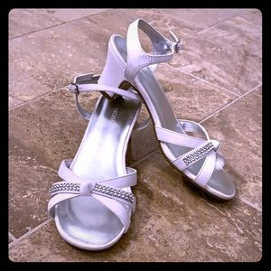 Girl's white dress sandals